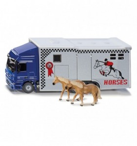 CAMION TRANSPORT CHEVAUX